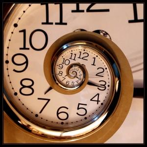 Eternal_clock-credit-Robbert-van-der-Steeg