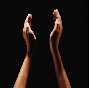 31 praise hands