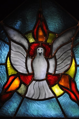 the-holy-spirit-364251_1280.jpg