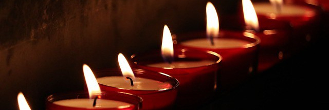 tea-lights-2223898_640