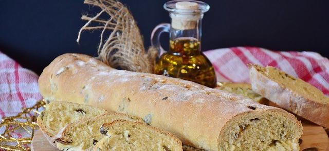 bread-2881871_640