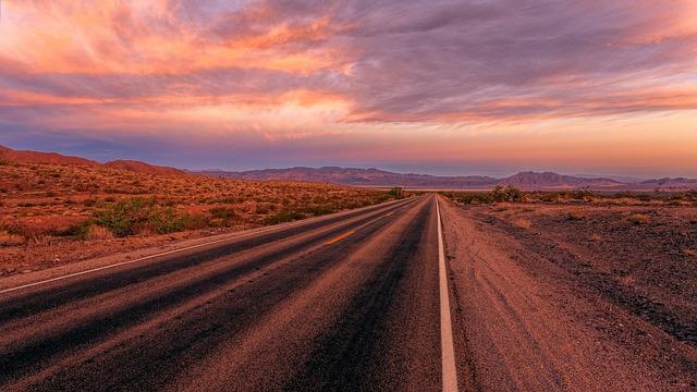 road-3193327_640.jpg